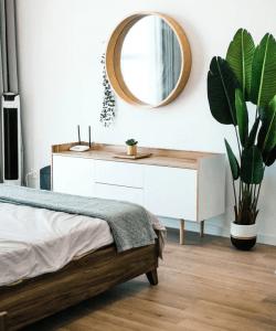 Circular Mirror for bedroom decor